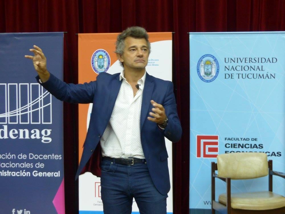 Discutiendo la enseñanza de la administración en Tucumán