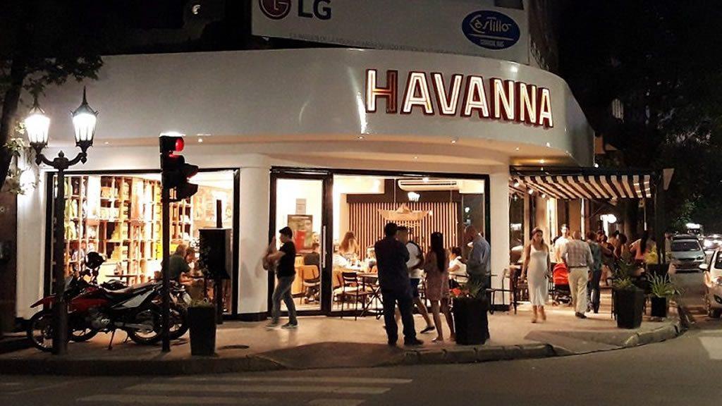 El nuevo local de Havanna en Barrio Norte. Fotografía publicada originalmente por @Tucumanoide